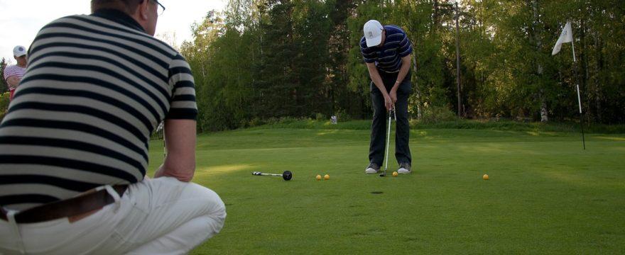 Ammattimaista golfopetusta